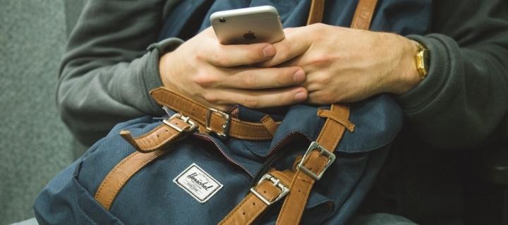 Lieblingshobby: Smartphone – Wenn das Handy zur Suchtwird